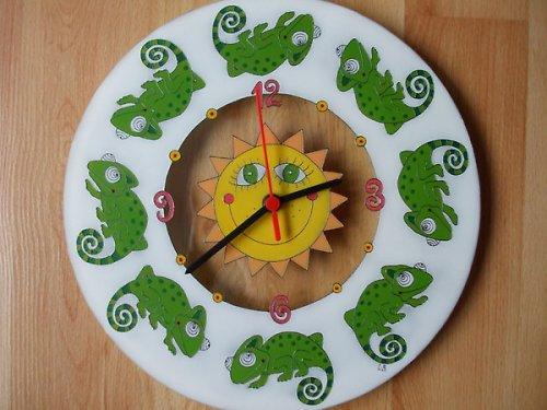 Hodiny malované na sklo - chameleoni :-)