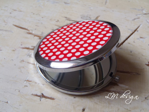 Zrcátko - červené puntíčky
