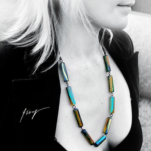 Ambrovo-tyrkysovo-černo-zlatá  podzimní elegance..