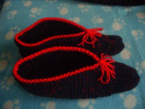 Pletené papuče tmavé II