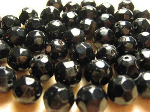 Onyx fazetované korálky 12mm  (cena 2 ks)