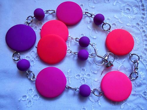 Od fialové k růžové