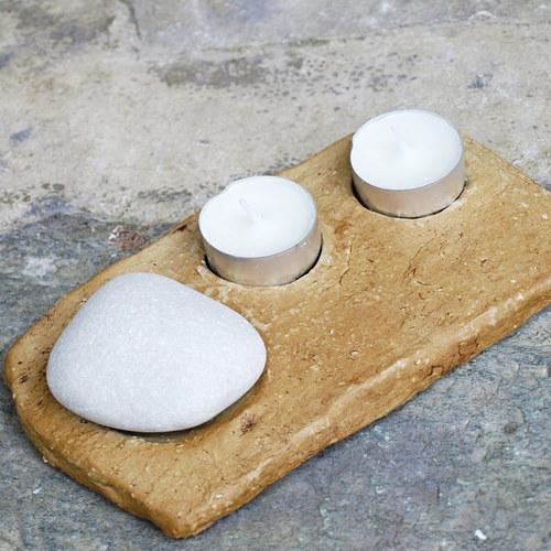Hry s kameny - na dvě svíčky