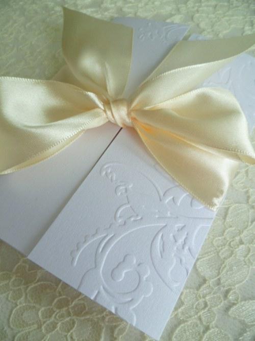 Svatební oznámení bílé,perleť  se vzorem