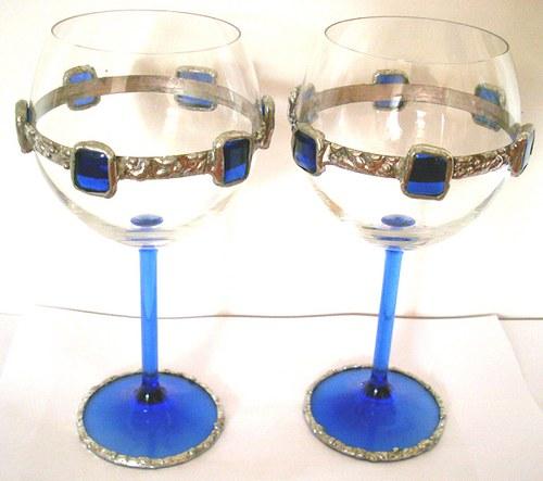pár skleniček