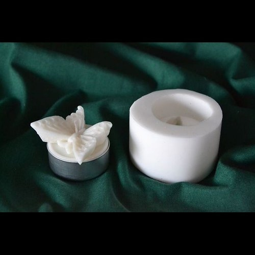 Silikonová forma na čaj. svíčku - Motýl
