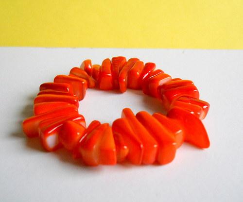 Oranžový perleťový náramek