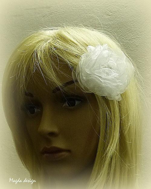 Květ do vlasů Alexie