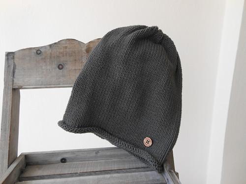 Čepice šedá