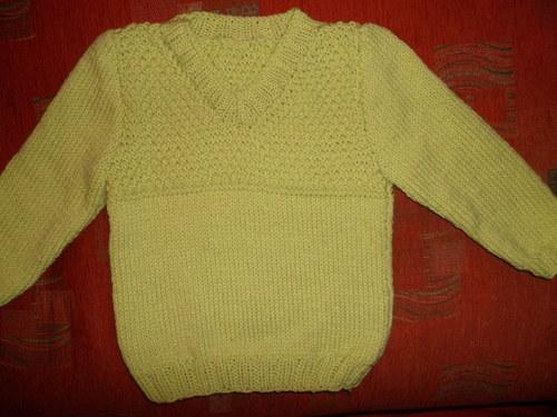Hráškově zelený svetr