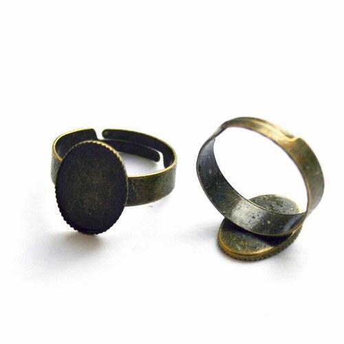 prsten s lůžkem bronz