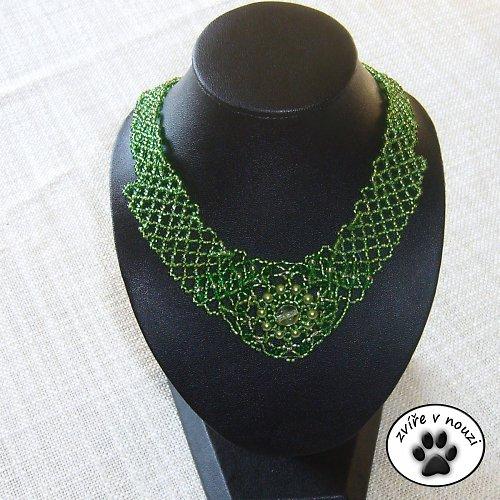 zelený krajkový
