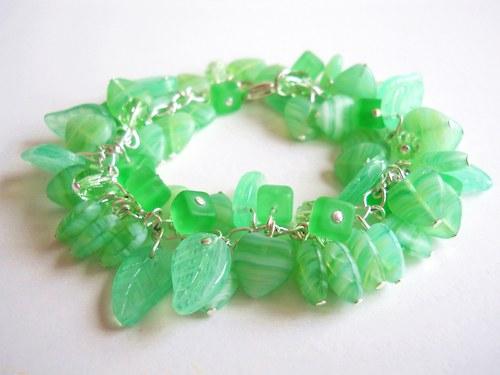 Zelený chrasťáček
