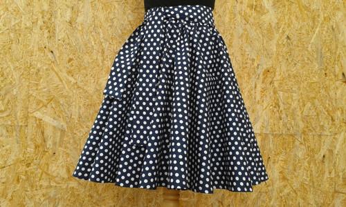 Kolová puntíkatá sukně na míru - tmavě modrá