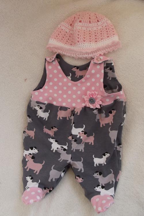 Oblečky pro panenky - dupačky