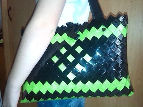 Černo zelená kabelka