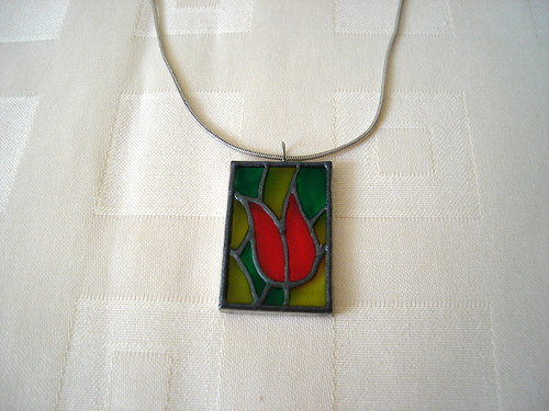 Tulipán v zeleni