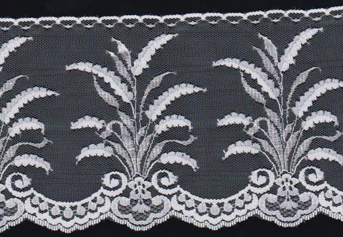 Úžasná bílá krajka-zvláštní rostlinný vzor 13 cm