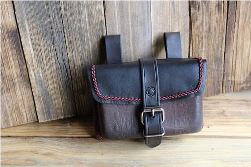 Multifunkční kožená kabelka
