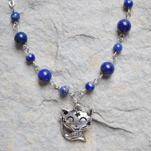 Kočka a lapis lazuli - pro Tlapky Mochov