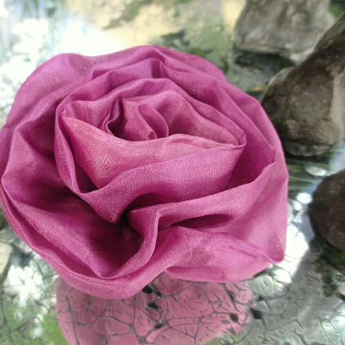 růže hedvábná...  brož / ozdoba do vlasů