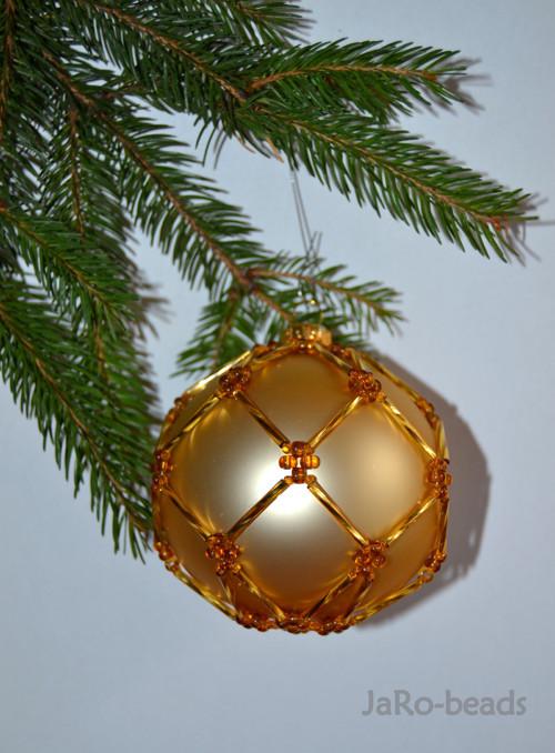 Korálková vánoční koule