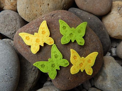 Nalepovací motýlek fleec 2 kusy