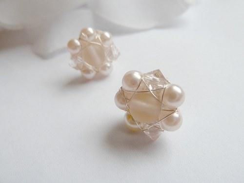 mini flowers pro růžovou nevěstu