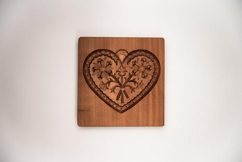 srdce forma  8 x 9  cm