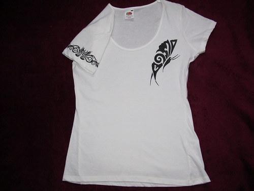 Tričko - ručně malované - motýl