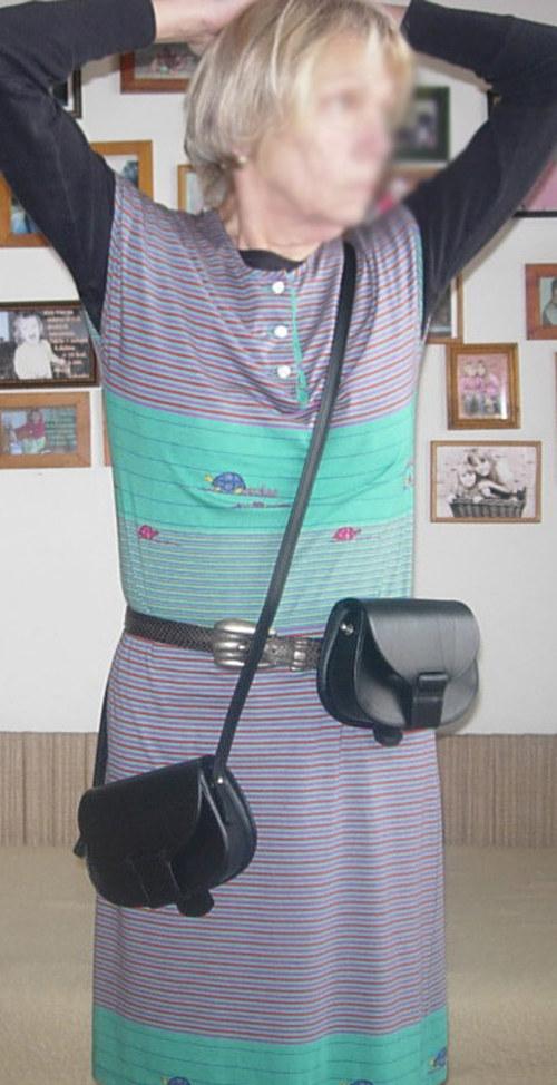kožená brašnička kapsička na opasek i přes rameno
