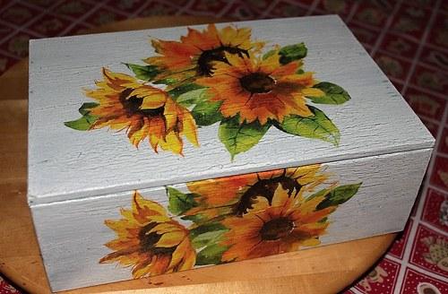 slunečnicová  čajovnice-šperkovnice