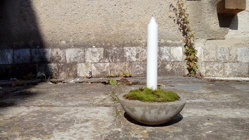 Betonová miska svícen