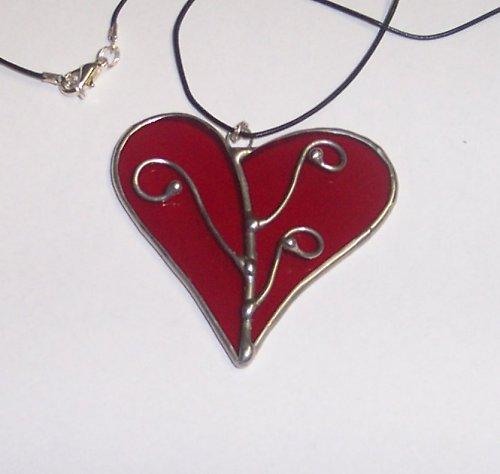 """Šperk \""""Červené srdce s ozdobou\"""""""