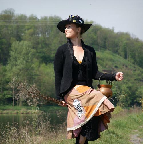 čarodějnická ...sukně vel. L