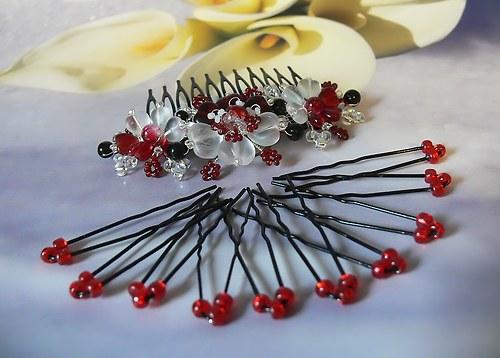 Červeno černá ozdoba do vlasů a 10 vlásenek
