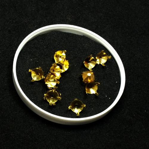 štras - kotlíky zlaté, 25 ks
