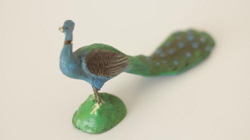 Starožitná hračka, hliněná zvířata Páv