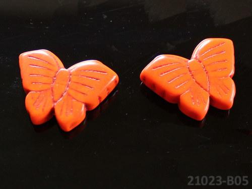21023-B05 Motýlek z howlitu oranž 27/20, á 1ks