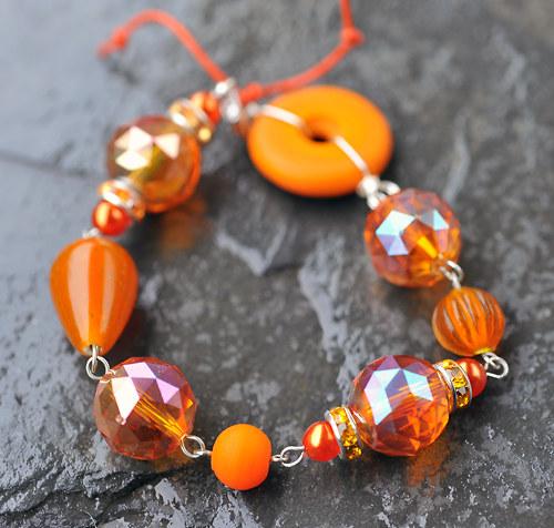 Náramek oranžový B0127O