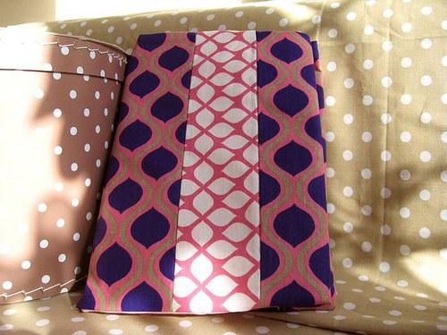 Textilní obal na vaši oblibenou knihu