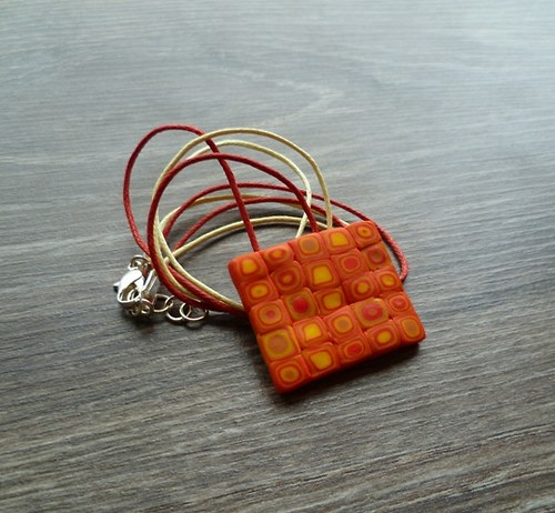 Oranžovo-žlutý náhrdelník