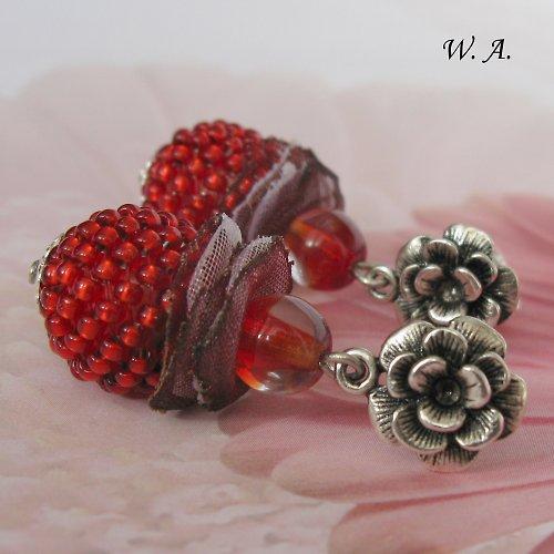 Růžičkové náušnice (červené)