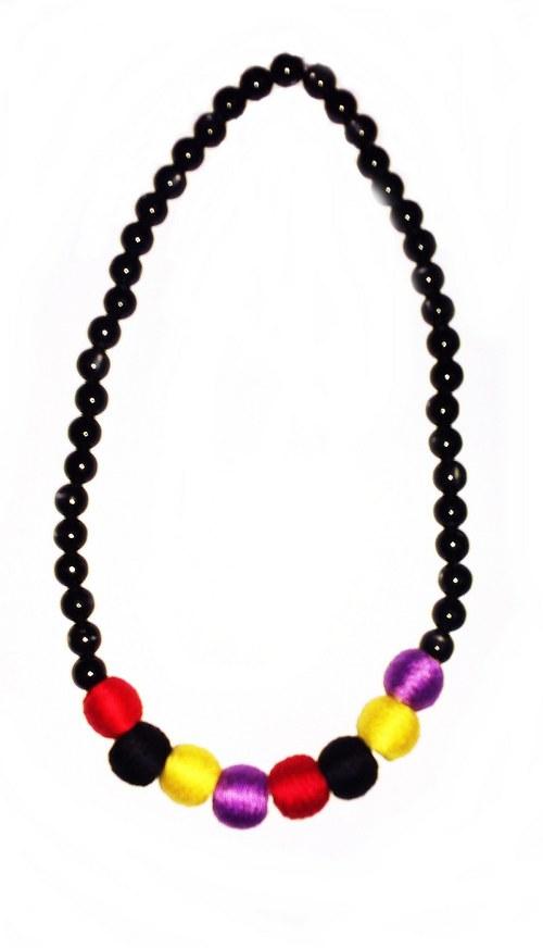 Barevný náhrdelník