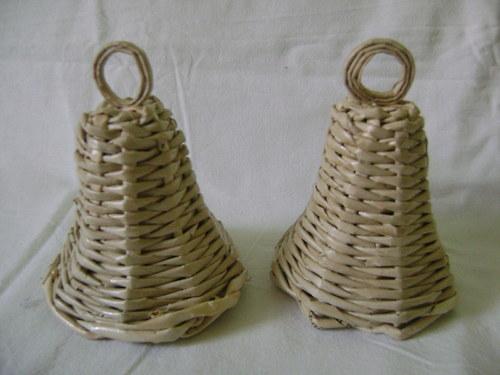 Zvonek hnědý
