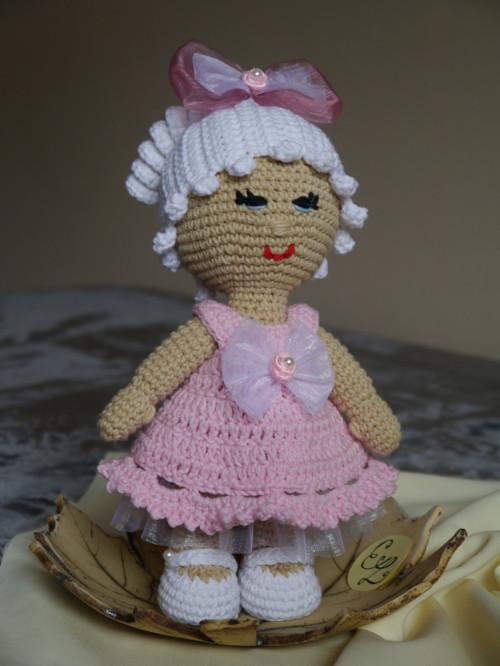 Háčkovaná pannenka Marcelka v růžovém