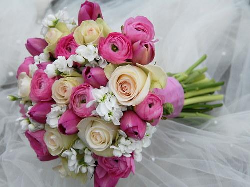 Jarní svatební kytice