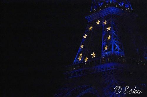 fotografie Eiffelova věž v modrém
