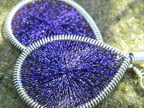 Naušnice - tmavě fialové třpytky