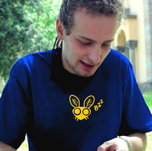 Pánské tričko - MOUCHA BZZ - modrá